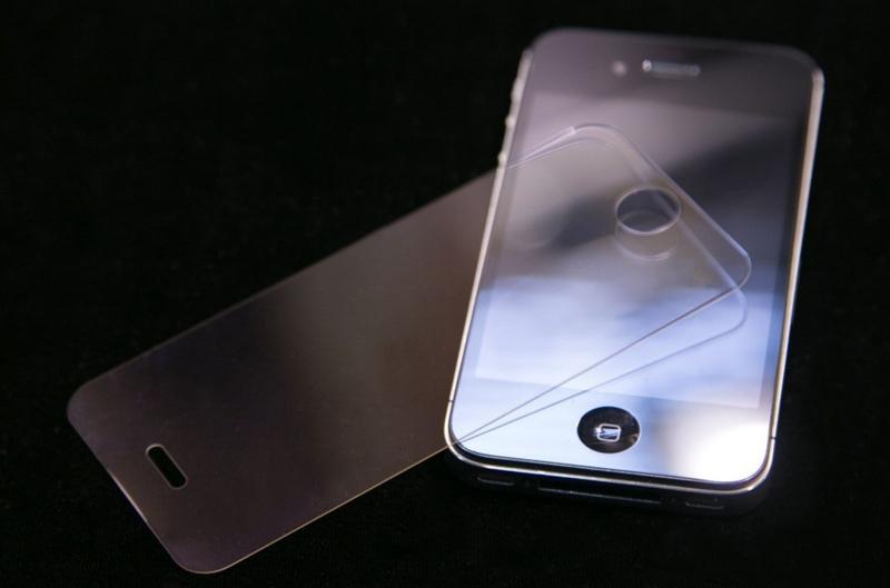iPhone6はディスプレイだけではなく背面にもサファイアを使用!?