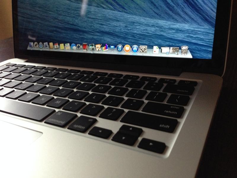 MacBook Retina 13インチ(Late 2013)が届いたので開封の儀を行ってみた