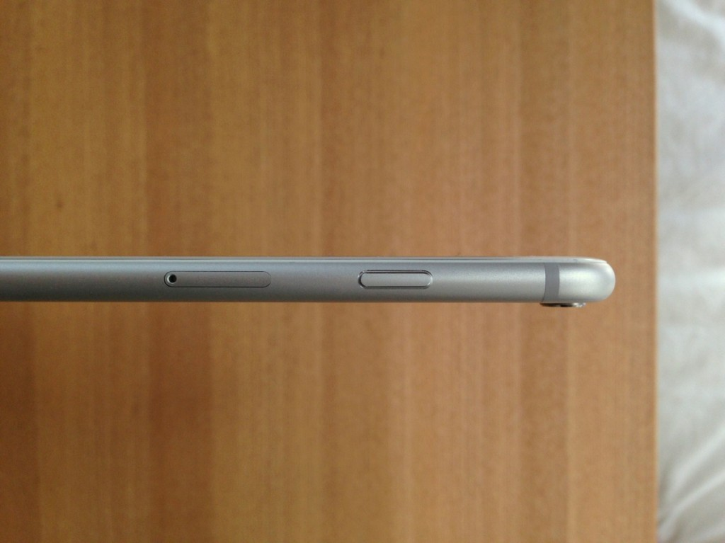 iPhone6 thickness