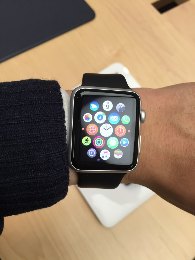 Apple Watch try on-s