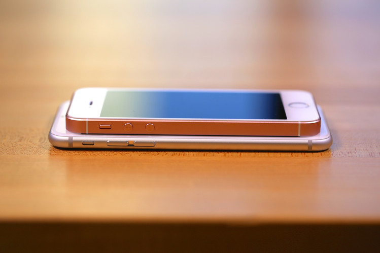 iPhone SE&6s