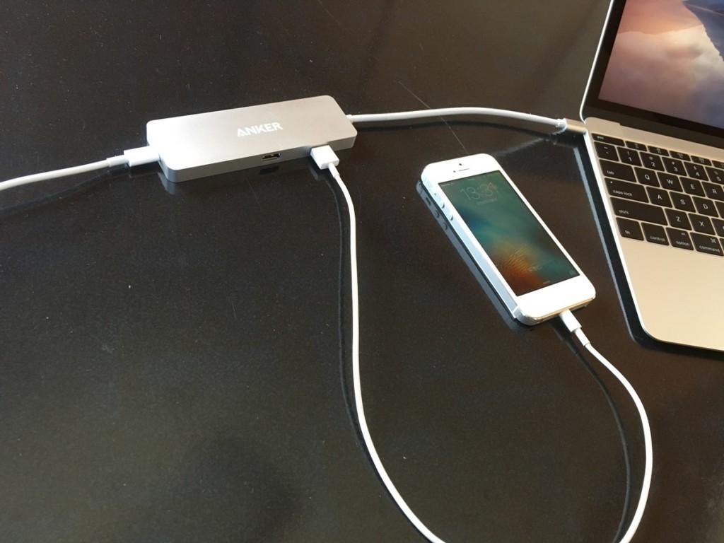 Anker USB-C hub-12