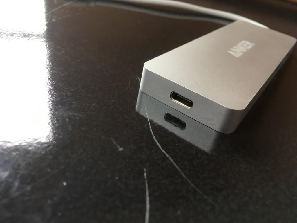 Anker USB-C hub-8