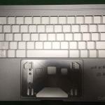 MacBook Pro 2016の筐体画像が流出!?OLEDタッチバーに4つのUSB-C搭載か!?