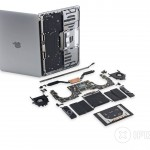 分解画像から見る新型MacBook Pro 13 Barあり/なしモデルの違い