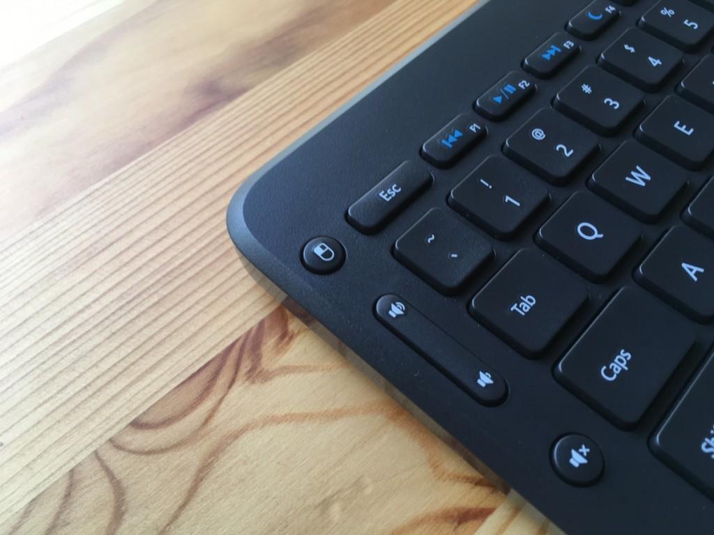 All-in-One Media Keyboard-11