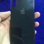 もうデザインは確定?iPhone 8のバックパネルと思われる画像が再び登場!