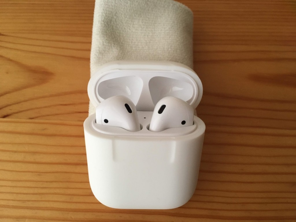 AirPods case-9